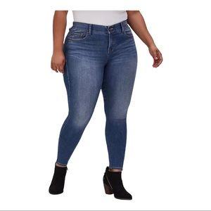 Torrid Bombshell Skinny Jean Premium Stretch
